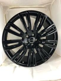 """Brand new set of 22"""" alloy wheels and tyres Range Rover"""