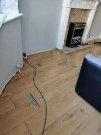 Tiling laminate flooring painting