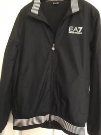 ea0fe1435 Hugo Boss Harrington jacket size 40R large..as new condition...top ...