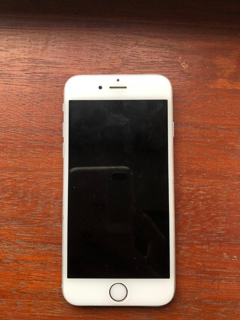 Silver iPhone 6 64GB, unlocked, good condition