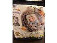 Baby snuzzler Original- comfy head and body suppprt for baby