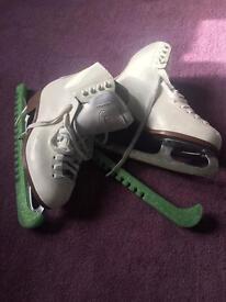 Ice skate white size 38