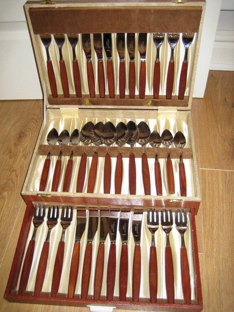 36 piece vintage cutlery set