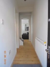 DOUBLE ROOM TO LET * All INCLUSIVE * £420 pcm Town CTR * ALBION STREET. SN1 5LL