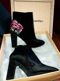Brand new ladies glamour boots