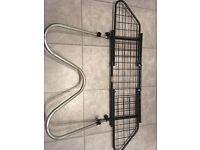Dog guard - Saunders W94 wiremesh - fits most hatchbacks