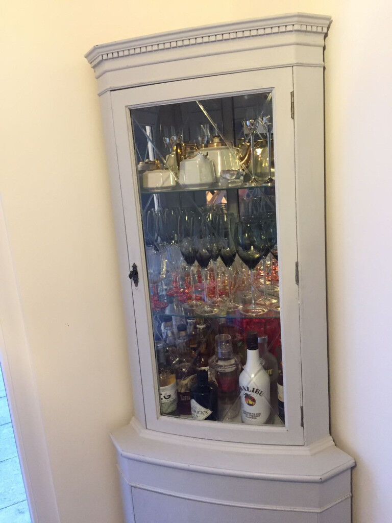 Light Grey Shabby Chic Upcycled Corner Display Drinks