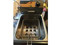 Large Table Top Deep Fat Fryer
