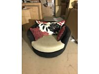 Large swivel chair in good condition