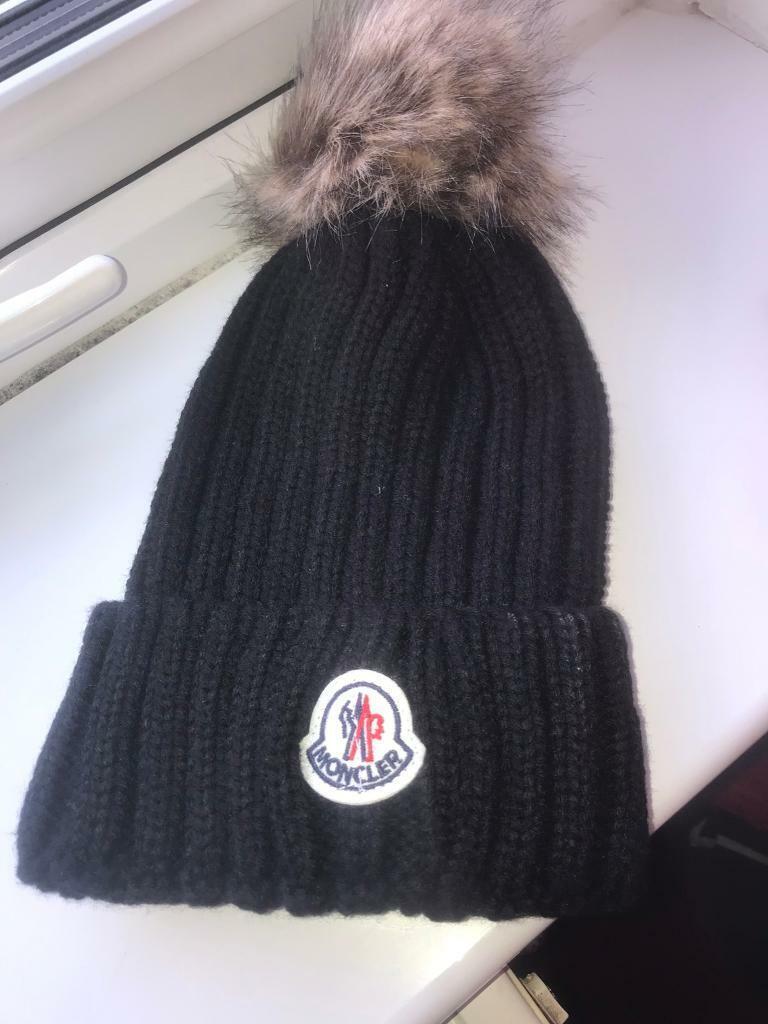 9cc50279bfe1 Black moncler hat