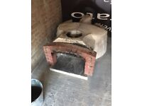 ANCONA WOOD BURNING OVEN + steel table Negociable offers are welcome!!