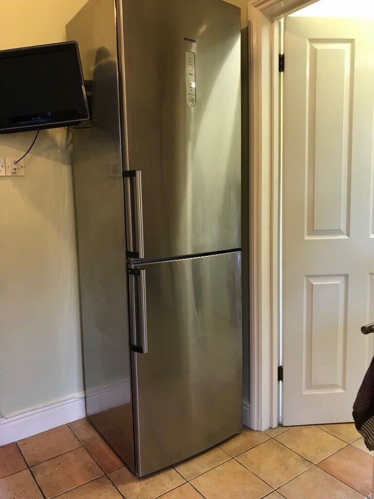 Stainless Steel Siemens Fridge Freezer (Frost free A+) in good
