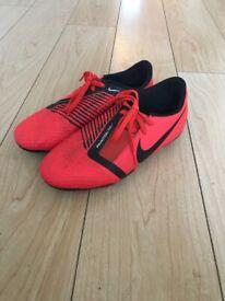 Nike phantom red boots