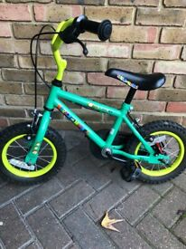 Girls bike up to age 4