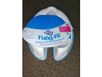 Pourty Flexi-Fit Toilet Trainer (White/ Blue)