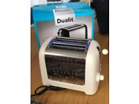 Dualit 2 Slot White Toaster in Canvas White