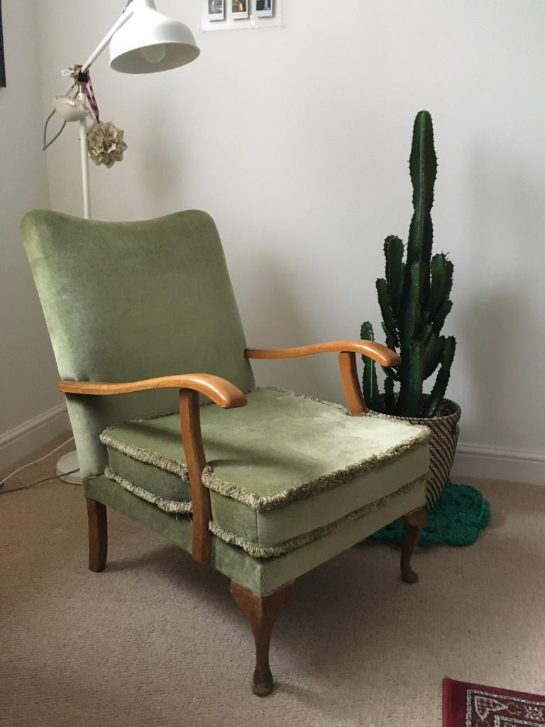 Retro Vintage Green Velvet Chair