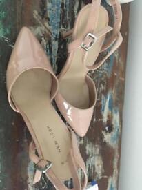 New look size 3 heels