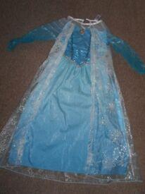 Disney Frozen Elsa Musical Light up fancy Dress sizes 7-8 and 9-10