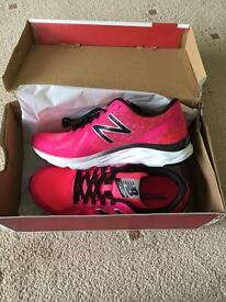 BNIB New Balance pink trainers size 5