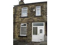 Mid Terrace House - Newly Renovated, New Carpets - Midland Street, Hillhouse, HD1