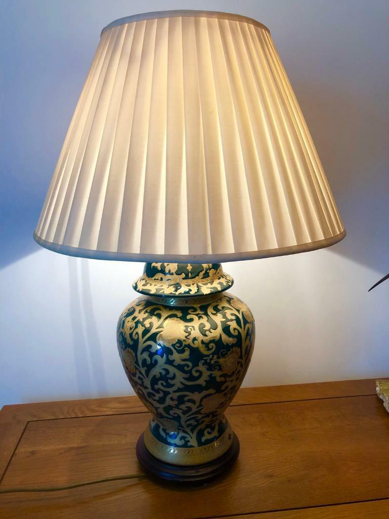 Kutani Style Ceramic Table Lamp With Cream Silk Shade
