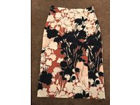 Warehouse Stunning Print 3/4 skirt