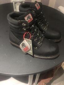 Tom cat work/safety boots size 11