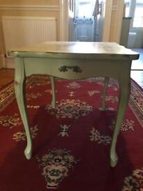 Vintage Shabby Chic Style side/small coffee table