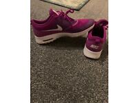 Nike air max's thea size 6
