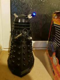 Doctor Who - 18'' Voice Control / Voice Interactive Supreme Black Dalek