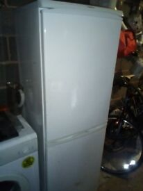 ARISTON FREE STANDING FRIDGE/FREEZER