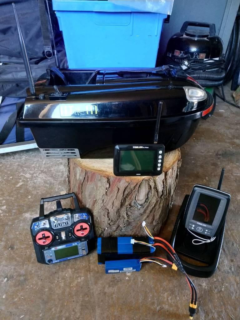 cb3703da796 Atom Custom Bait Boat + Toslon XPilot GPS and Toslon TF500 Fishfinder