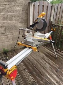 Dewalt mitre saw, dewalt stand ,fox extractor/hoover