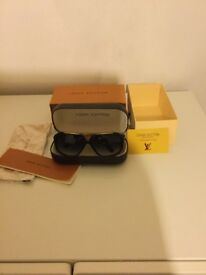 Louis Vuitton Evidence Sunglasses (New)