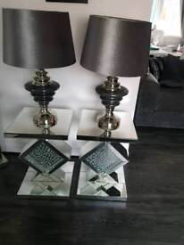 Bargain table an lamps