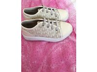 Genuine Michael Kors Trainies Size 10 1/2