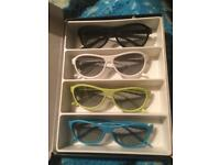 For sale four 3 D glasses