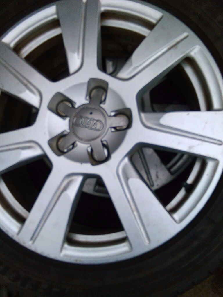 Set of Audi alloy rims and tyres