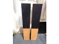 Gale 3040 Tall floor standing speakers in perfect Working order Reduced to 60.00