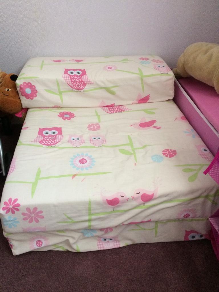 Reduced Girls Owl Bedroom Set