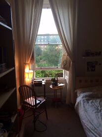 Two double rooms in a lovely flat near the meadows