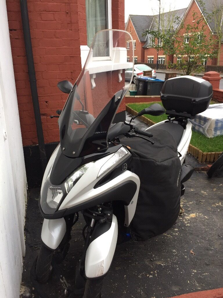 yamaha tricity 125 2016 with all accessories and low mileage in willesden london gumtree. Black Bedroom Furniture Sets. Home Design Ideas