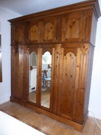 Matching Stylish Versatile Solid Wooden Bedroom Furniture, Plenty of Storage in Very Good Condition