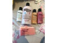 Shower gels & soap