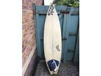 Odd 6'3 surfboard - swallow tail
