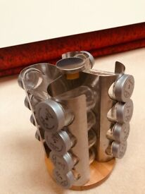 Rotating Spice Rack with 12 removable Spice Jars