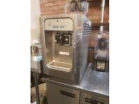 Ice cream machine. Like New. soft serve counter top blue ice