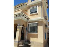 Spanish Villa 3 bed end townhouse close to Villa Martin ,Torrevieja, Spain