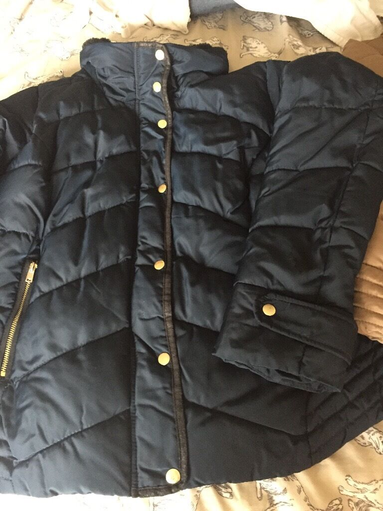 Ladies coats size 20 good conin Stoke on Trent, StaffordshireGumtree - Ladies coats in size 20 , both in good condition £15 for both
